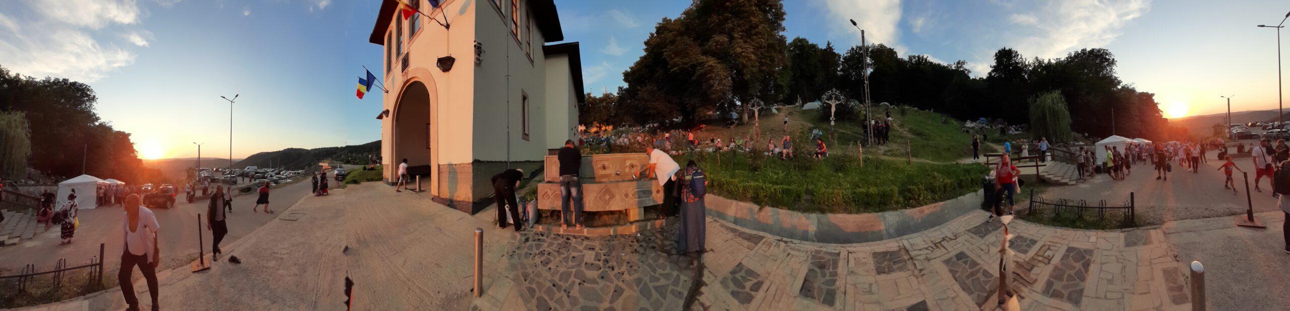 15 august și micul meu pelerinaj la Mănăstirea Nicula